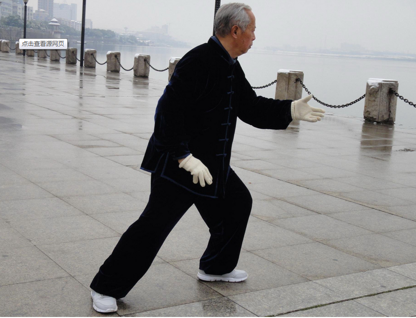 导致老年人患上白癜风的原因有哪些